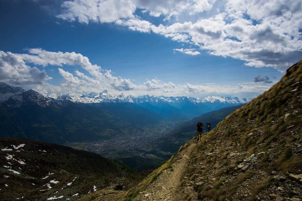 九月,在阿尔卑斯山徒步旅行